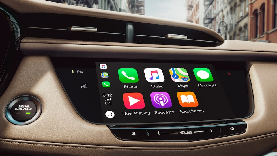 Cadillac: Infotainment System with Apple Carplay